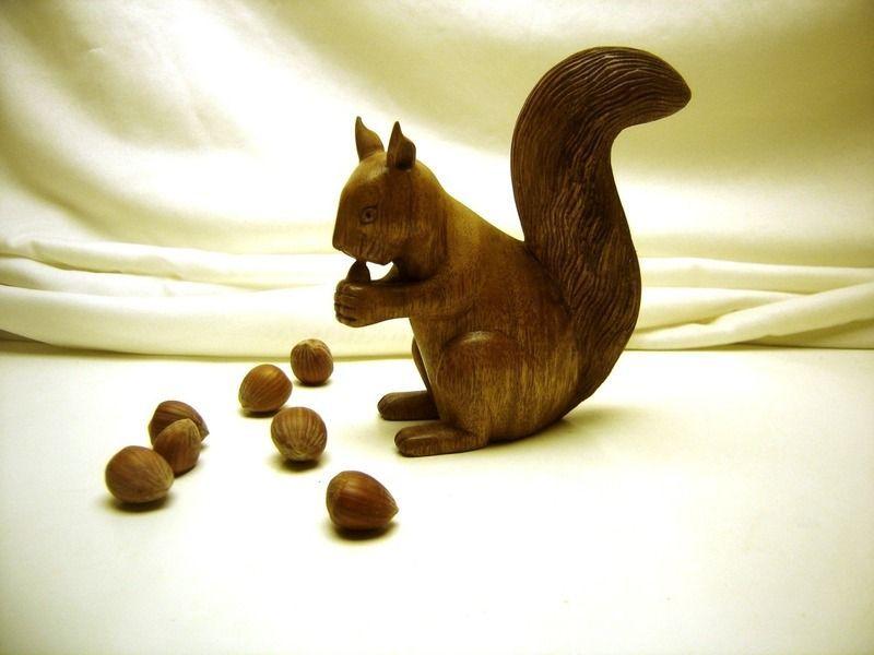 Cureuil en bois - Sculpture sur bois motifs ...